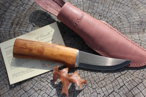 Roselli Ultra High Carbon Hunting Knife